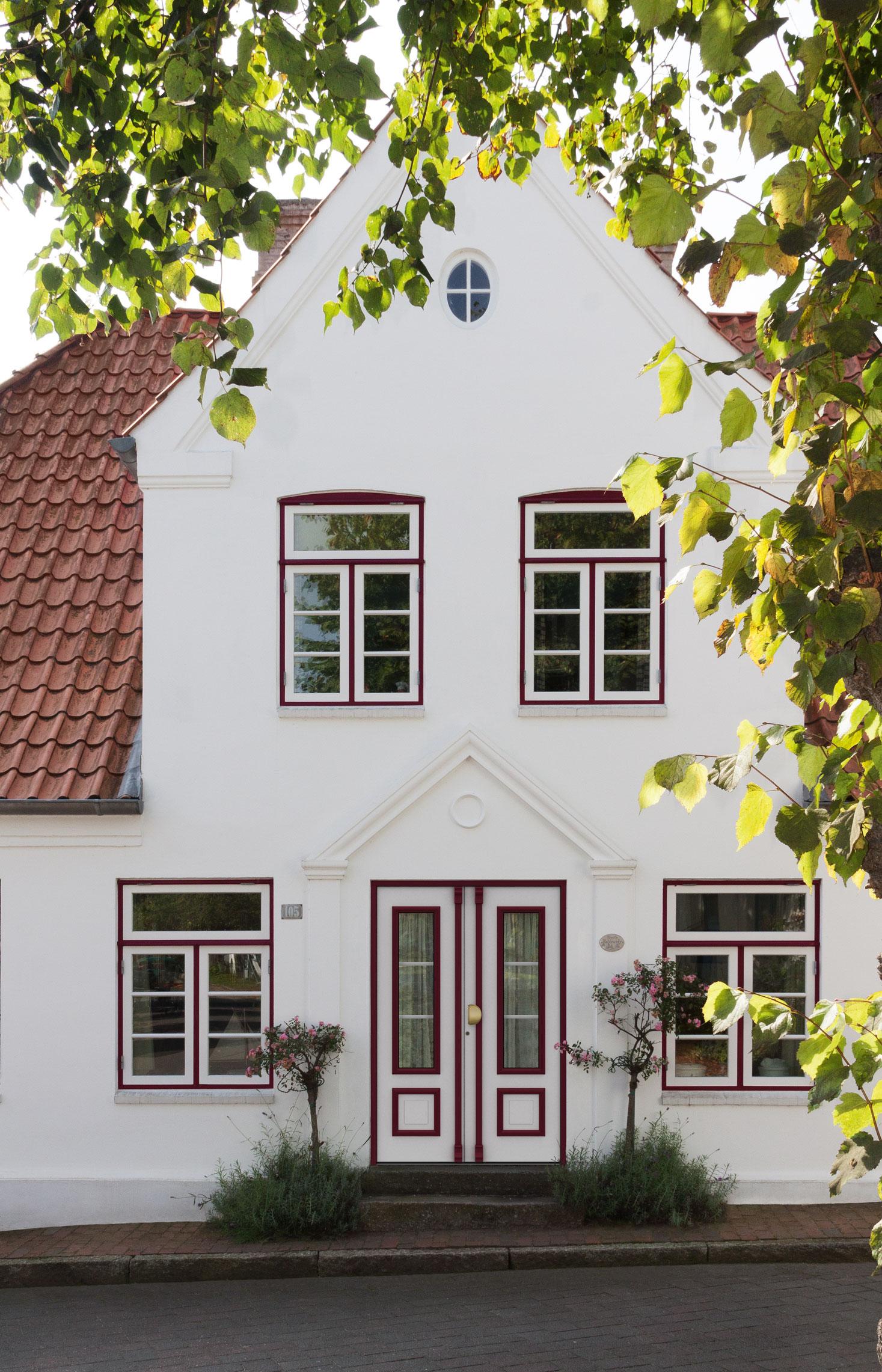 Beispiel für Haustür: Chagall 141LR